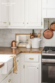 Welcome Home Sunday: How to refinish butcher block countertops Kitchen Redo, Kitchen Dining, Kitchen Cabinets, Farmhouse Cabinets, Kitchen Ideas, Dining Room, Küchen Design, Home Design, Design Ideas