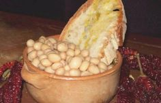 fagioli pane e olio   (white beans with bread and olive oil)