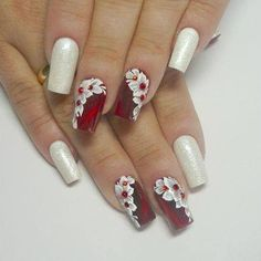 Do you want to lower your expenses and look good? Well I have twelve of the finest beauty methods to save lots of you money today and they are all completely thoroughly tested by me. Fancy Nails, Red Nails, Cute Nails, Pretty Nails, Diy Nail Designs, Nail Polish Designs, Christmas Nail Designs, Christmas Nails, Nail Pops