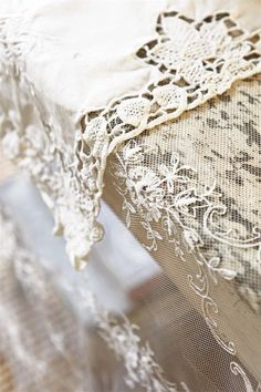 ♕ Jeanne d'Arc Living ~ lovely net tablecloth over rustic table