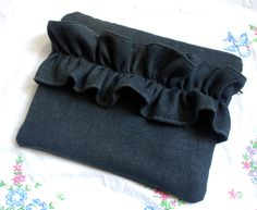 Tutorial for sewing zippered laptop sleeve.l