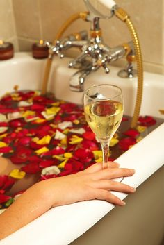 Rose petals, champagne and me time Romantic Bath, Romantic Getaway, Me Time, No Time For Me, Champagne, Girly, Relaxing Bath, In Vino Veritas, Bubble Bath