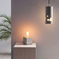 Alpha Tischleuchte - concrete desk lamp cement interior light minimalistic design scandinavian interior