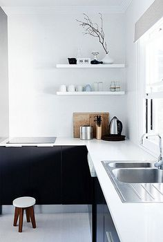 Black + White kitchen via The Design Files The Design Files, Küchen Design, House Design, Design Ideas, Design Trends, Modern Kitchen Design, Interior Design Kitchen, Minimal Kitchen, Stylish Kitchen