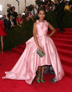 Prada pink gown, green heels and green clutch