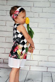 Rozmantyczne wydanie #sukienka #kidsphotography #photography #kids #dzieci #child #kidsfashion #kidzfashion #fashionkids #moda #modadziecięca #cute #cutest_kids #cute #baby #babiesfashion #stylishchild #kokilok