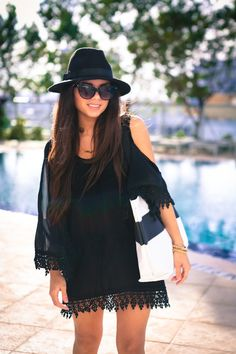 c87e58aefbd What to Wear to the Beach  50 Perfect Outfit Ideas