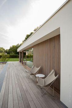 House Cladding, Pool Landscape Design, Types Of Houses, Pool Houses, Modern House Design, Building Design, House Colors, Exterior Design, House Entrance