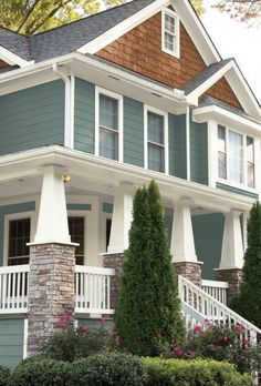 Behr 2018 Color Of The Year House Paint Exterior Exterior pertaining to Exterior Paint Color 2018 - Home Design Ideas Best Exterior House Paint, Exterior Paint Schemes, Exterior House Colors, Exterior Design, Behr Exterior Paint Colors, Craftsman Exterior Colors, Craftsman Columns, Craftsman Style, Exterior Paint Combinations