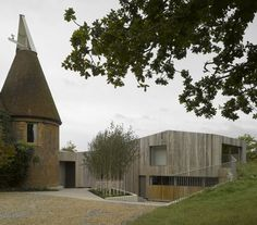 love this juxtaposition | Old Bearhurst by Duggan Morris