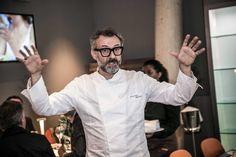 """""""Lo chef consiglia"""", nostalgica postilla scritta a mano nel menu, si è…"""