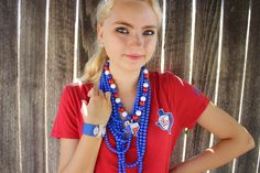 Minus the TX necklace, these would work for the Cubbies!