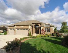 5100  Bobby Locke Ln, Midlothian, Il - $529,990 with 5 Beds  and 3.2 Baths...