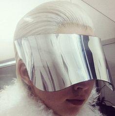 mirrored visor // Alexander McQueen F/W 2012