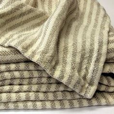 100% Linen Bath Towels come in 4 sizes and 6 color options
