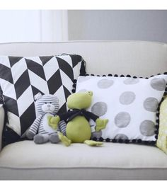 How To Make Easy Trimmed Pillows