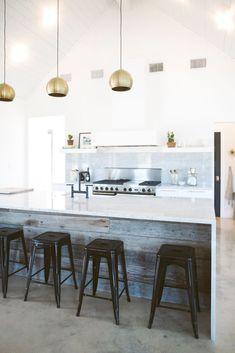 Explore the home of interior designer Brandi Hines' home in Texas | Domino Mag…