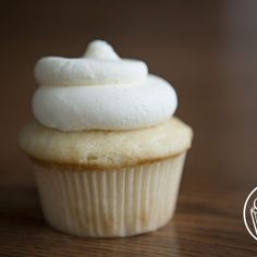GEORGETOWN CUPCAKES RECIPE | Vanilla Bean Cupcakes with Vanilla Cream Cheese Frosting · Get Sweet Smart