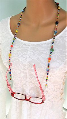 Colorful and fun Beaded Eyeglass Chain, and Necklace combination handmade by Ralston Originals. This is a unique original style Eyeglass Chain and Necklace com Beaded Jewelry, Handmade Jewelry, Jewelry Necklaces, Craft Jewelry, Glass Necklace, Pearl Necklace, Handmade Gifts, Red Eyeglasses, Diy Collier