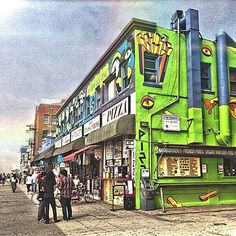 Pin for Later: 51 Instagram Snaps That Make This World Seem Unreal Venice Beach, CA