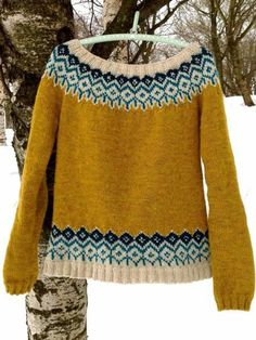 Knitting Patterns Coat Stickningskiosken: Winter wonderfulness in knitted lace mittens, a sweater and a green wool coat Fair Isle Knitting Patterns, Sweater Knitting Patterns, Knitting Yarn, Knitting Ideas, Knitting Sweaters, Knitting Tutorials, Free Knitting, Knitting Machine, Fair Isle Pullover