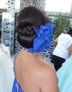 Love her hair, so gorgeous!