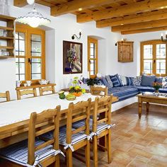 Note colour of beams - too yellow - wrong colour Gray Painted Furniture, Modern Log Cabins, Muebles Living, Rustic Restaurant, Spanish Style Homes, Home Trends, Cottage Homes, Home Decor Kitchen, Outdoor Furniture Sets