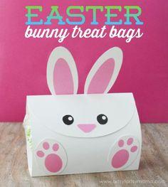 Free Printable Easter Bunny Treat Bags at artsyfartsymama.com
