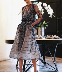 "1,977 Likes, 6 Comments - Saptodjojokartiko (@saptodjojokartiko) on Instagram: ""Translucent beauty #saptodjojokartiko #maisonsaptodjojokartiko #embroidery #rtw #readytowear…"""