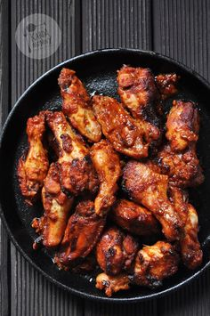 Pikantne skrzydełka barbecue Tandoori Chicken, Chicken Wings, Poultry, Barbecue, Chili, Meat, Ethnic Recipes, Food, Products