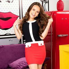 Sorrisso estabando no meu rosto sempre! 🌺 Swing Dress, Vest, Skirts, Dresses, Divas, Wallpaper, Fashion, Templates, Outfits