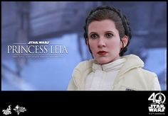 The strong and fearless Princess Leia holds a very special place in many Star Wars fans' heart. With her courageous personality and dedication to end the tyranny of the Empire, she ranks among the galaxy's greatest heroes and one of the most beloved heroines of all time.  Today, in celebrating Star Wars Day, Hot Toys is proud to officially present the Princess Leia 1/6th scale collectible figure from Star Wars: The Empire Strikes Back!  The highly-accurate collectible figure is specially…