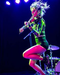 Lilly Singh, Lindsey Stirling, Amazing Pics, Her Music, Violin, Roxy, Hero, Dance, Artemis