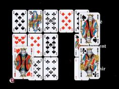 Divination Jeu 32 Cartes : Tirage des Cinq Cartes Divination, Calendar, Playing Cards, Animation, Holiday Decor, Crystal, Cartomancy, Playing Card Games, Life Planner