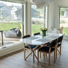 Ruokailutilasta avautuu kaunis näkymä ulos #designtalo #sisustus Dining Table, Furniture, Design, Home Decor, Decoration Home, Room Decor, Dinner Table, Home Furnishings