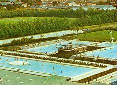 """Ansichtkaarten - Capelle ad IJssel - Zwembad """"De Blinkert"""""""