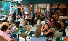 Santo Grão - High-class coffee drinking and people watching