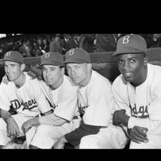 eraff32Words cant describe how much I loved the movie 42. Ive always been astounded by the story of Jackie Robinson but seeing it played out in a movie, incredible. I wish every year, that I was alive when he made his major league debut. Thank you a million times Jackie Robinson for changing the game of baseball forever, and for the better, you indeed changed more than just baseball. #42 & #9918;