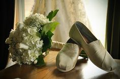 Here are some photos of the details from our wedding celebration in Wolfville, Nova Scotia. It was a rustic theme with a lot of baby's breat. Rustic Theme, Celebrity Weddings, Our Wedding, Toms, Bridal, Celebrities, Fashion, Moda, Celebs