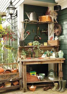 TOOLS, WORKSPACE LAYOUTS ~~ 25 Cool DIY Garden Potting Table Ideas @Architecture Art Designs