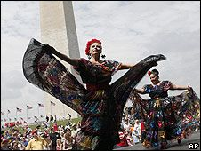nice article from BBC Mundo about Cinco de Mayo ~ in Spanish, but very accessible