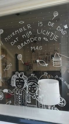 Sint Maarten.... Op het raam voor de voorbij lopende kindjes.... St Martin, Caribbean Netherlands, Chalkboard, November, Doodles, Bullet Journal, Neon Signs, Ramen, Kids