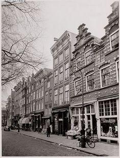 De Gruyter Amsterdam Nieuwmarkt (rechts)