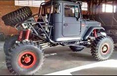 My Jeep Addiction Toyota Trucks, Custom Trucks, Cool Trucks, Pickup Trucks, Cool Cars, Customised Trucks, Jeep 4x4, Jeep Truck, Carros Off Road
