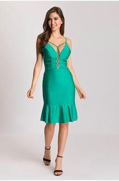 Vestido Decote Profundo Reti Ideias Fashion, Cold Shoulder Dress, Dresses, Plunging Neckline, Simple Gowns, Pattern Sewing, Templates, Outfits, Vestidos