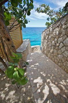tropicaldreaam:  Negril, Jamaica  road, Sur South Wave