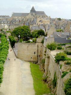 Dinan (35. Ille-et-Vilaine)