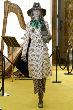 Gucci | Cruise 2018 | Look 38