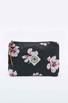 459bd57aa11 Obey - Pochette Outsider noire fleurie The Outsiders, Cosmetic Pouch,  Cosmetics, Clothes For