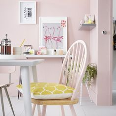 Coloring your home! Murs Pastel, Interior Decorating, Interior Design, Decorating Ideas, Pink Room, Wood Design, Room Interior, Decoration, Accent Chairs